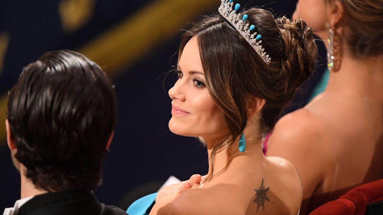 La princesa Sofía, luciendo tatuaje en una ceremonia de los Premios Nobel. (Getty)