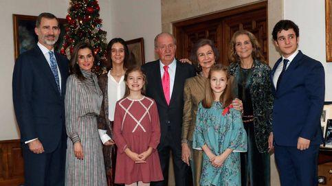 Tres años (y un abismo) separan estas dos fotos del rey Juan Carlos