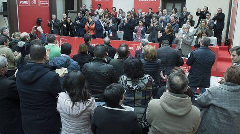 Sánchez se acoraza ante el malestar de los barones y lanza al PSOE a la lucha electoral