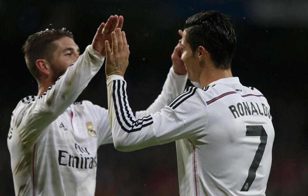 Foto: Sergio Ramos y Cristiano Ronaldo celebran un gol en un partido de esta temporada (Reuters)