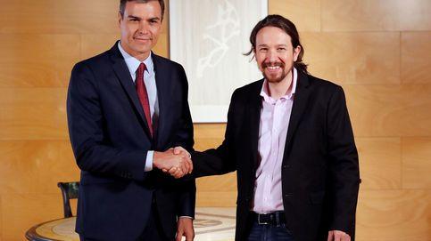 Sánchez e Iglesias inician la reunión definitiva sin gestos de tensión