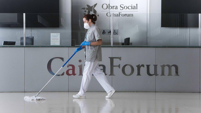 Tareas de desinfección y limpieza en el museo