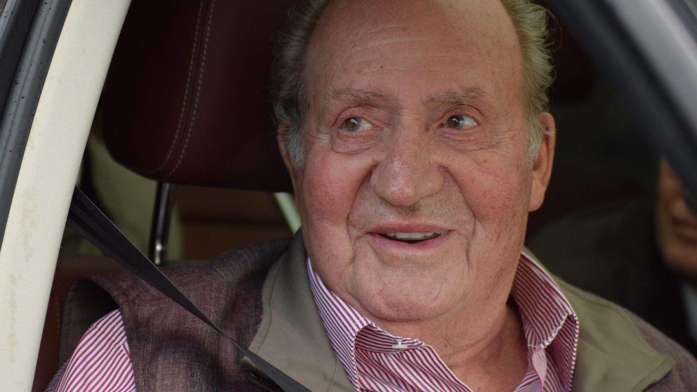 El rey Juan Carlos abandona Mallorca antes de la llegada de Felipe y Letizia