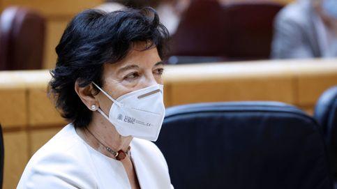 La ministra Celaá ingresa 1.000 euros en la cuenta del PP y de la Junta Electoral