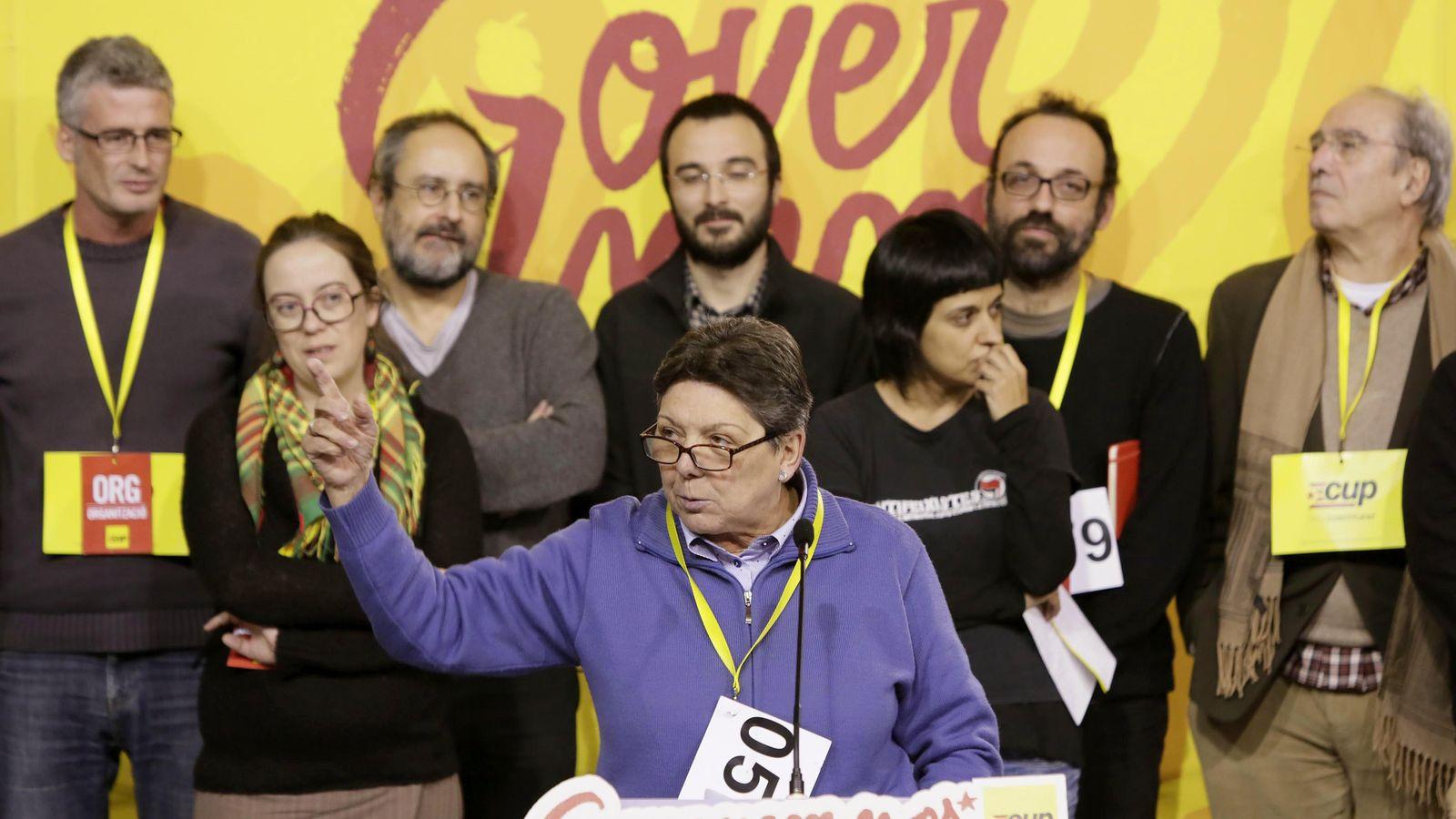 Foto: La diputada de la CUP Gabriela Serra durante su intervención para explicar la votación. (EFE)