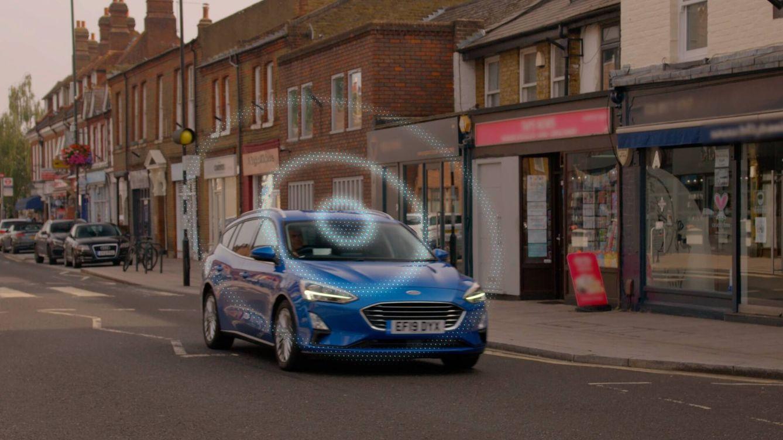 La tecnología 'RoadSafe' de Ford prevé incidentes de tráfico y ayuda a evitarlos