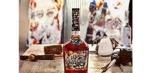 Post de Hennessy se asocia con Vhils para su edición limitada de Very Special 2018