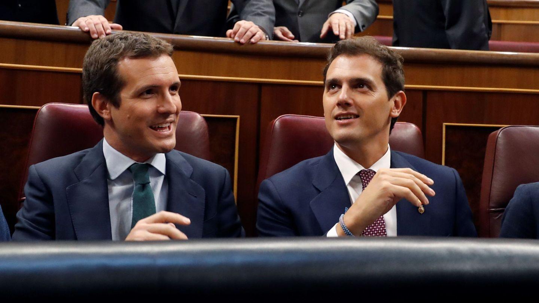 Los líderes del PP y Ciudadanos, Pablo Casado y Albert Rivera. (EFE)