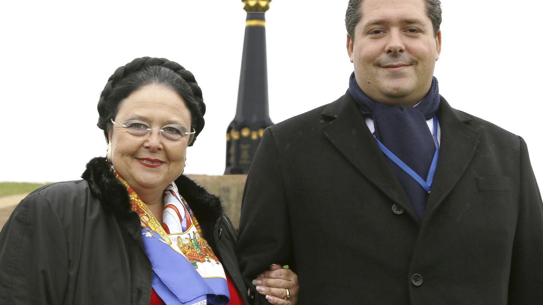 La gran duquesa María de Rusia y su hijo  en una imagen de archivo. (EFE)