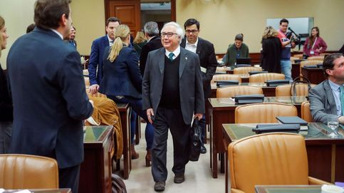 Castells avanza que eliminará la figura del falso profesor asociado en la Universidad