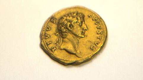 Una montañera descubre por azar una moneda de 2.000 años de antigüedad