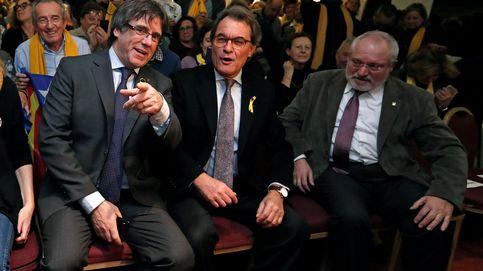 Puigdemont y Mas juegan con el pucherazo y la persecución para azuzar a sus votantes