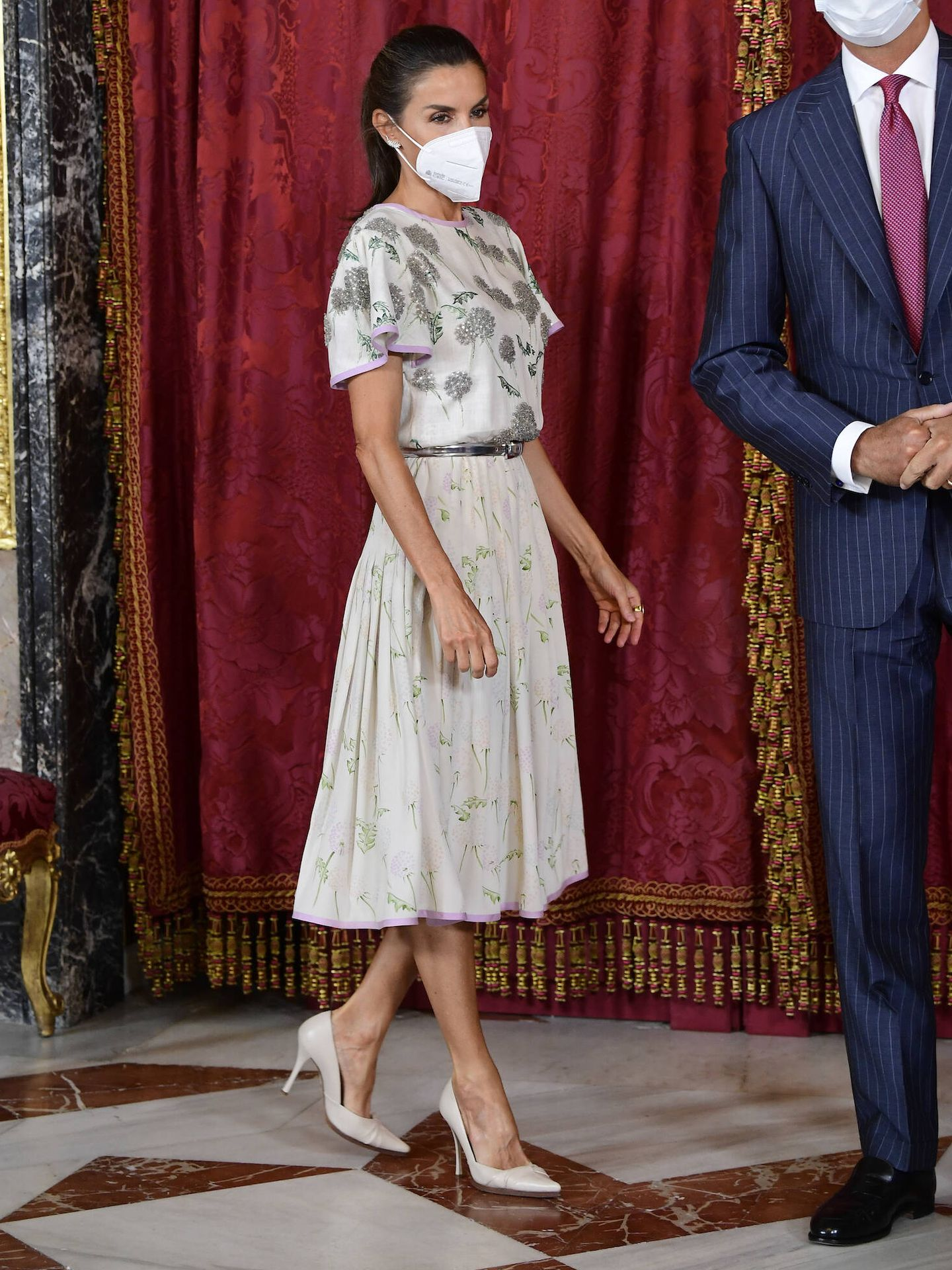 Doña Letizia, con el vestido de la reina Sofía. (LP)