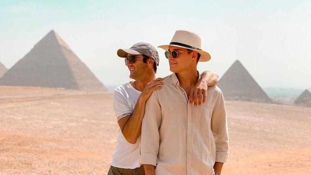 Foto: José Bono Jr. y Aitor Gómez, durante un viaje a Egipto. (IG)