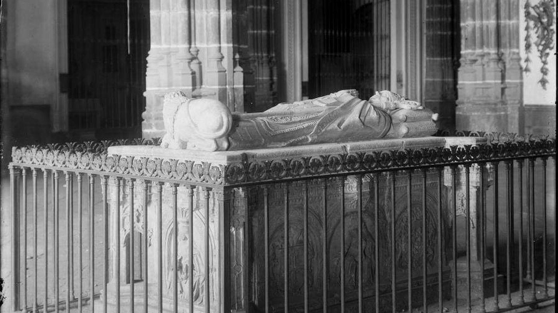 Sepulcro del arzobispo Carrillo en Alcalá de Henares.