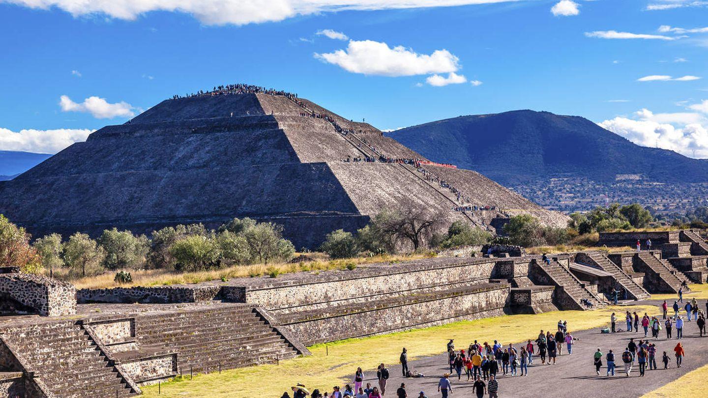 Avenida de los Muertos y Pirámide del So, en Teotihuacán, México. (Reuters)