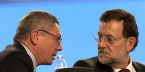 El PSOE apunta a Gallardón como sucesor de Rajoy y siembra cizaña en el PP