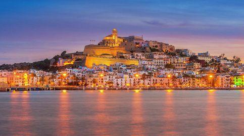 Ibiza: de la purpurina a la 'pax' mediterránea