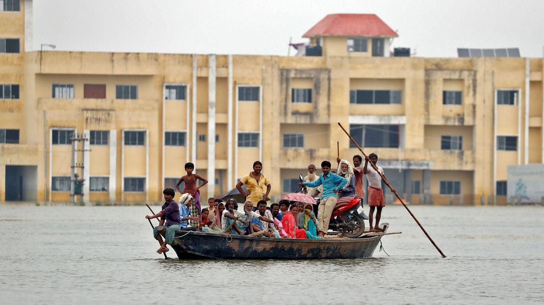 Un grupo de personas fueron rescatadas en el estado de Bihar. (Reuters)