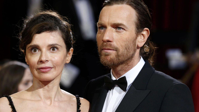 Ewan McGregor, con su exmujer y madre de Clara, en una imagen de archivo. (Reuters)
