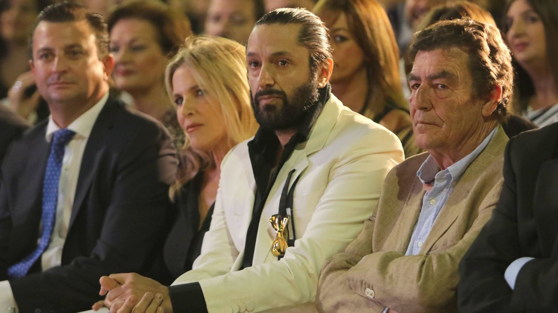 Rafael Amargo recibe el galardón de honor de Prestigio Turístico de Granada. (Cordon Press)
