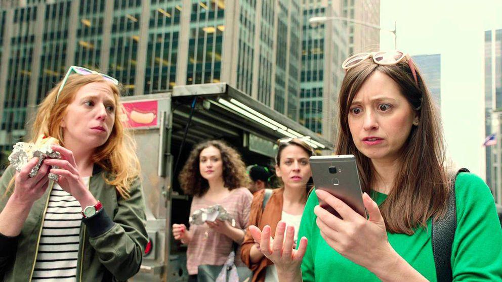 La UE aprueba (por fin) los límites al 'roaming' gratuito a partir de 2017