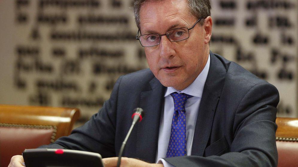 Foto: El director general de la Agencia Tributaria, Santiago Menéndez, en una comparecencia en el Senado. (Efe)