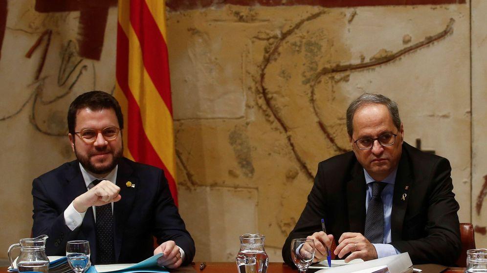 Foto: El presidente de la Generalitat, Quim Torra, acompañado por el vicepresidente, Pere Aragonés. (EFE)