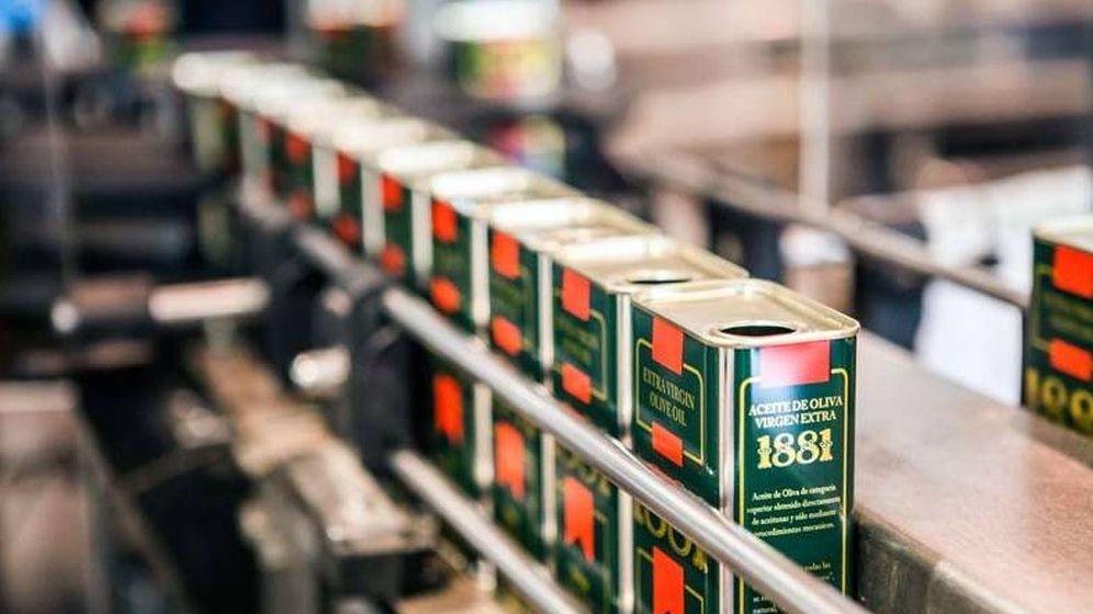 Foto: Latas de aceite 1881, una de las marcas de Migasa. (Santa Teresa SAT)