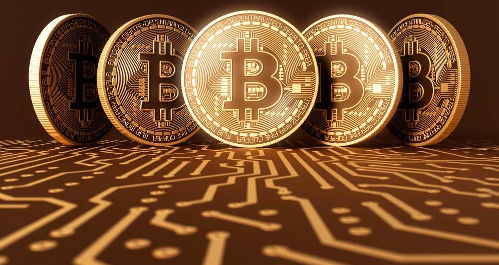 Foto: El bitcoin se desploma.