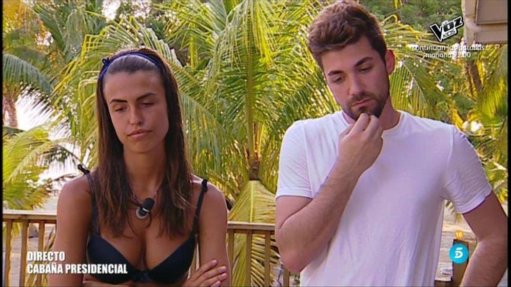 Foto: Sofía, al borde del abandono tras hablar con Alejandro en 'Supervivientes'. (Telecinco)
