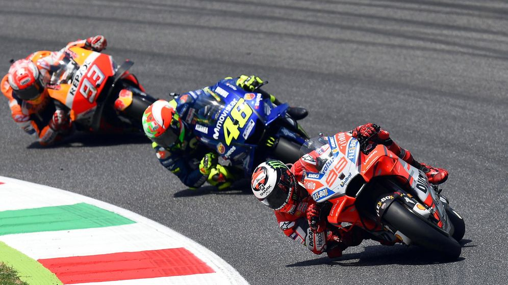Foto: Jorge Lorenzo, Valentino Rossi y Dani Pedrosa, durante el Gran Premio de Italia | EFE