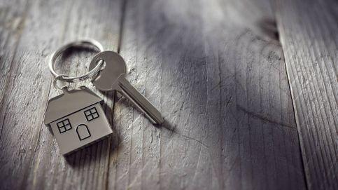 Llaves desinfectadas y con tu propio boli, así se están firmando las hipotecas