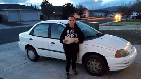 Un niño de 13 años vende su consola Xbox para comprar a su madre un coche