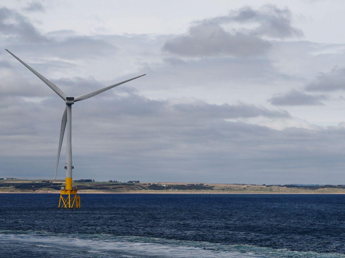 Foto: Una planta de energía eólica marina en Escocia. (Reuters)