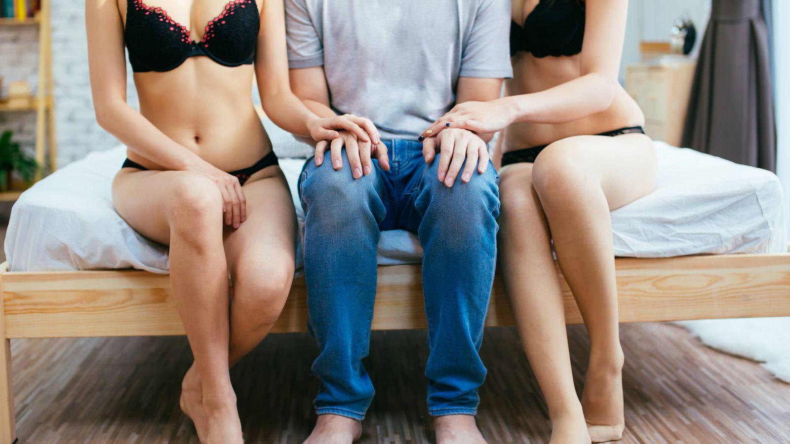 Sexo Así Es Hacer Un Trío Con Una Amiga Explicado Por