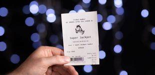 Post de Una mujer gana 30 millones a la lotería: el primer boleto que compraba en su vida