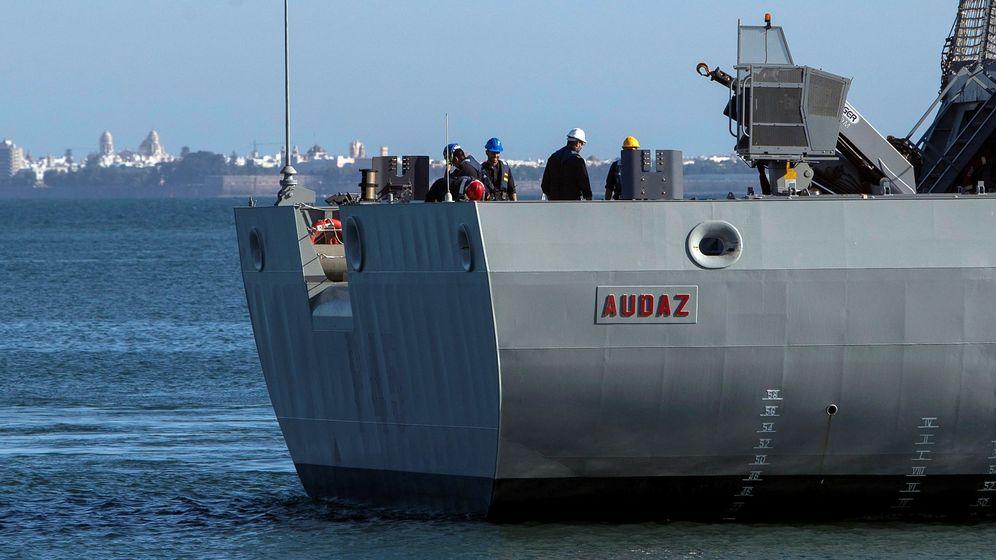 Foto: Vista del buque de la Armada española Audaz. (EFE)