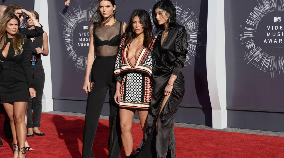 Foto: Kendall Jenner, Kim Kardashian y Kylie Jenner. (Reuters)
