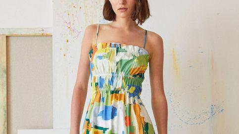 El vestido arty que va a poner color a tu armario acaba de llegar a Stradivarius