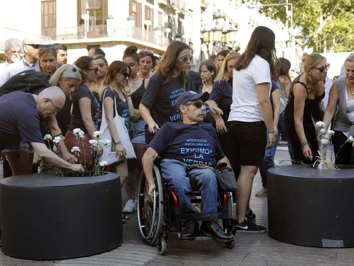 Foto: Barcelona homenajea a las víctimas del 17A en 2019 (EFE)