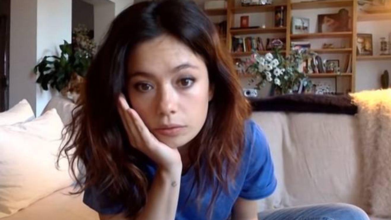 'La resistencia': Broncano tumba la ilusión de Anna Castillo ante un regalo ¿caro? que le hizo a su novia