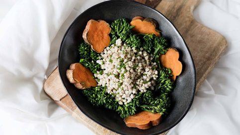 Prepara una saludable ensalada templada de trigo sarraceno, bimi y batata