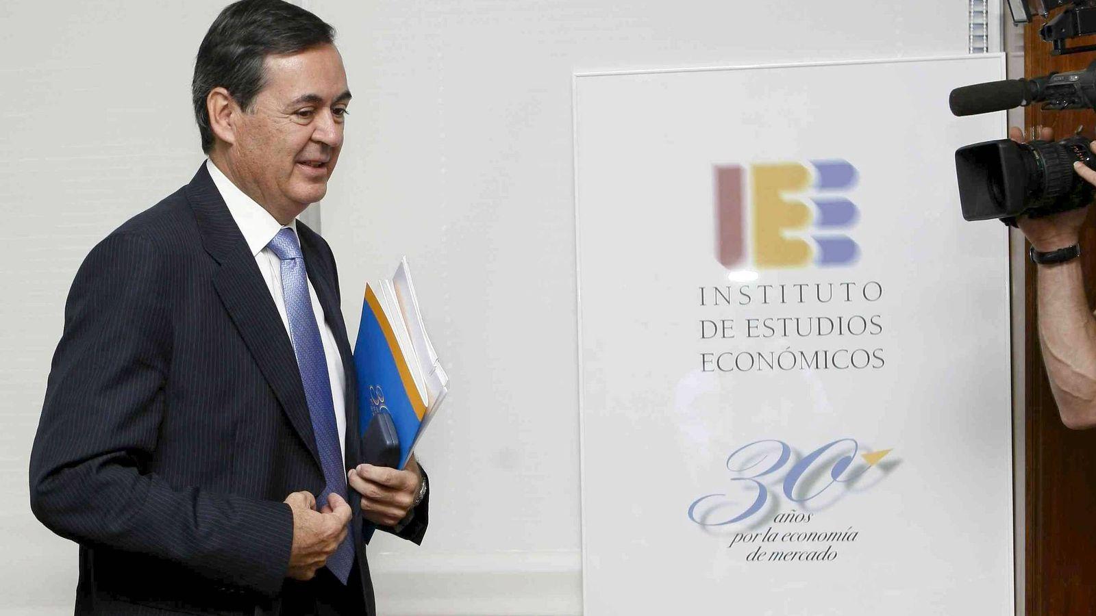 Foto: El director general del Instituto de Estudios Económicos (IEE), Juan Iranzo (EFE)