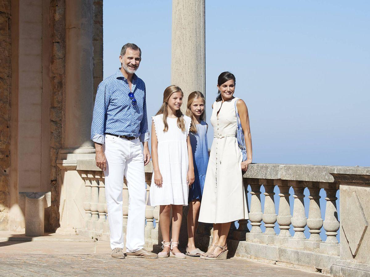 Foto: Los reyes junto a sus hijas en Mallorca, en una imagen de archivo (Getty Images)