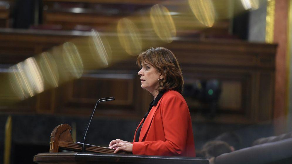 Foto: La ministra de Justicia, Dolores Delgado, durante su intervención en el pleno del Congreso de los Diputados. (EFE)