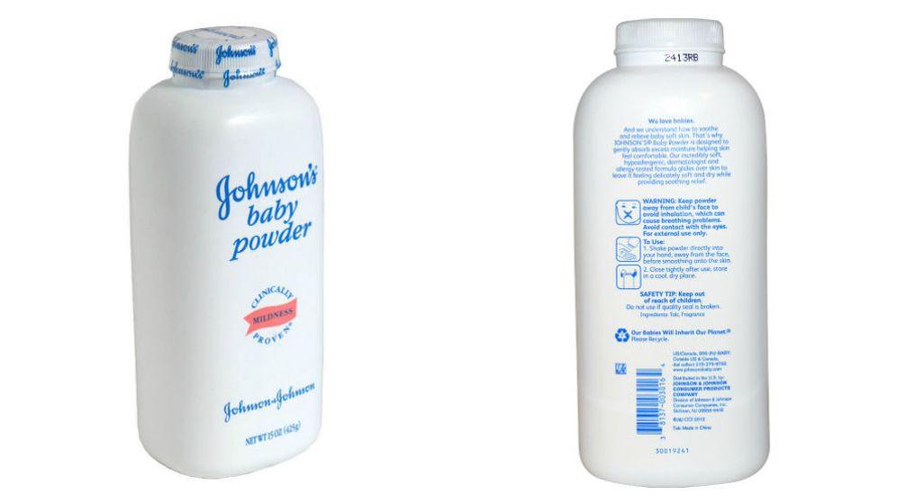 Foto: Un frasco de polvos de talco de Johnson.