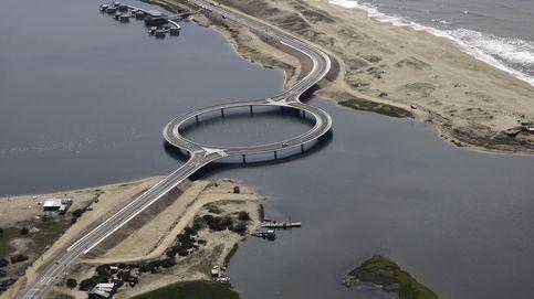 Así es el llamativo y polémico puente circular de laguna Garzón, en Uruguay
