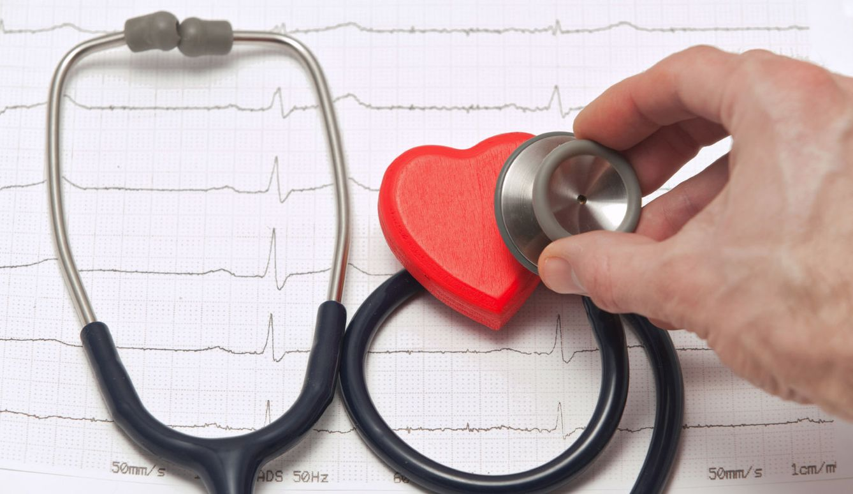 Foto: Mantener una buena dieta y hacer ejercicio no siempre son suficientes para evitar los problemas de corazón. (iStock)