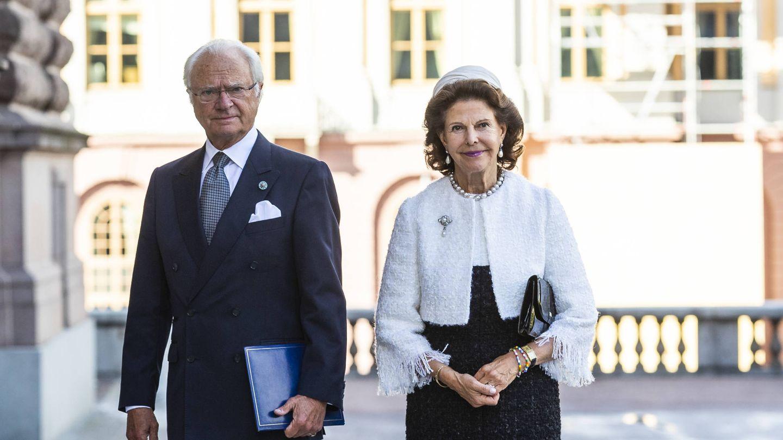 Carlos Gustavo y Silvia de Suecia, en la apertura del Parlamento de 2020. (Getty)